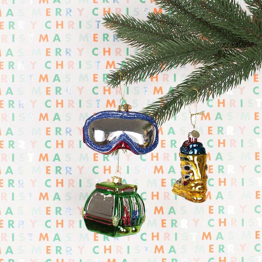 Idee Deco Boule Plastique Transparente Noel les plus belles boules de noël à suspendre au sapin - elle