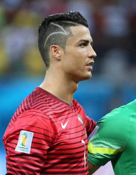 Pin neymar coupes de cheveux moches pour hommes for Neymar 2014 coupe de cheveux