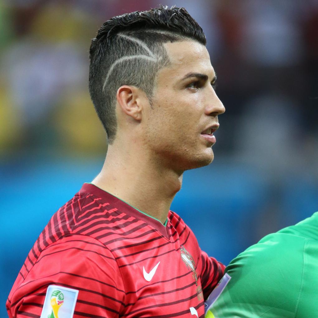 coupe de cheveux homme footballeur