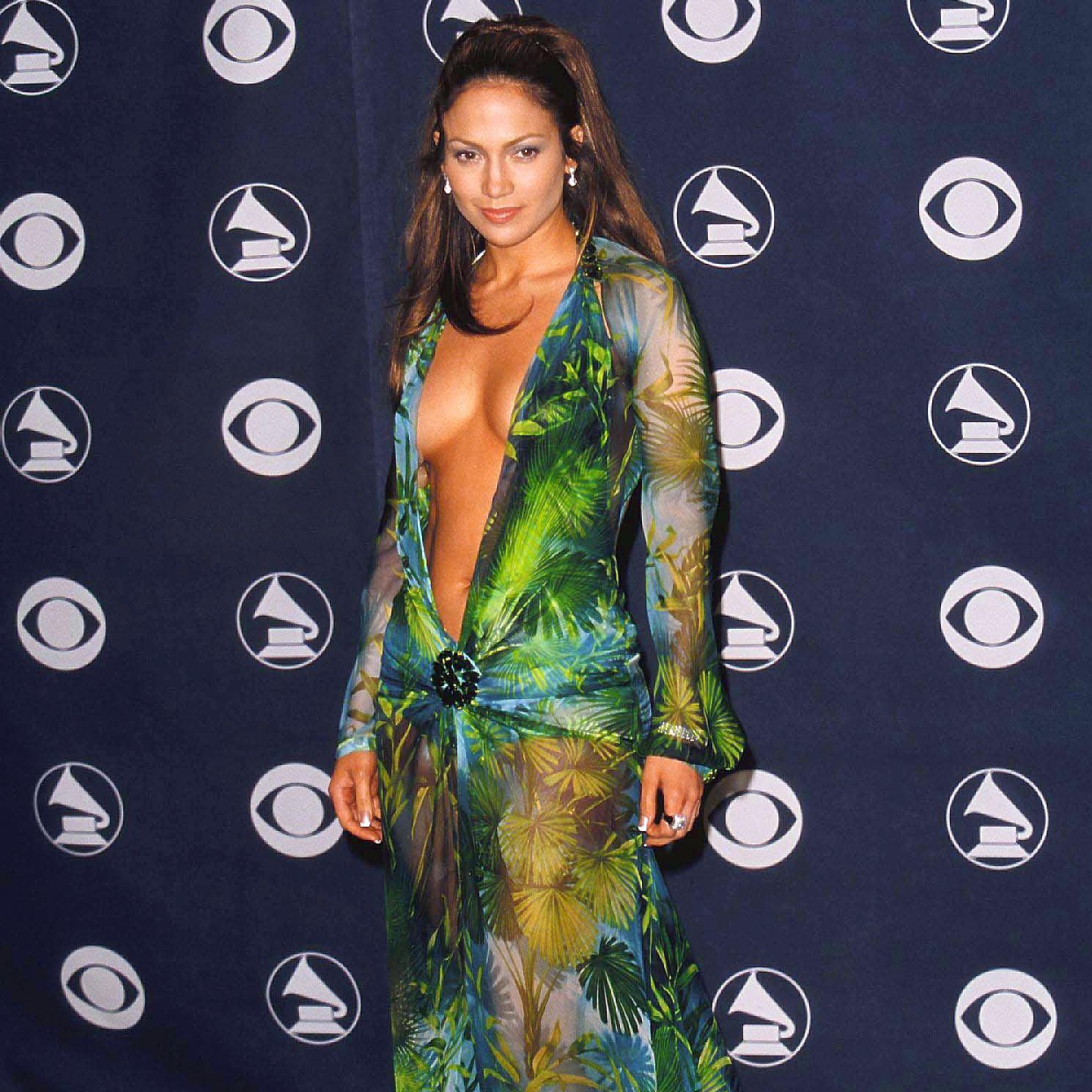Comment la célèbre robe Versace de Jennifer Lopez a transformé Google - Elle