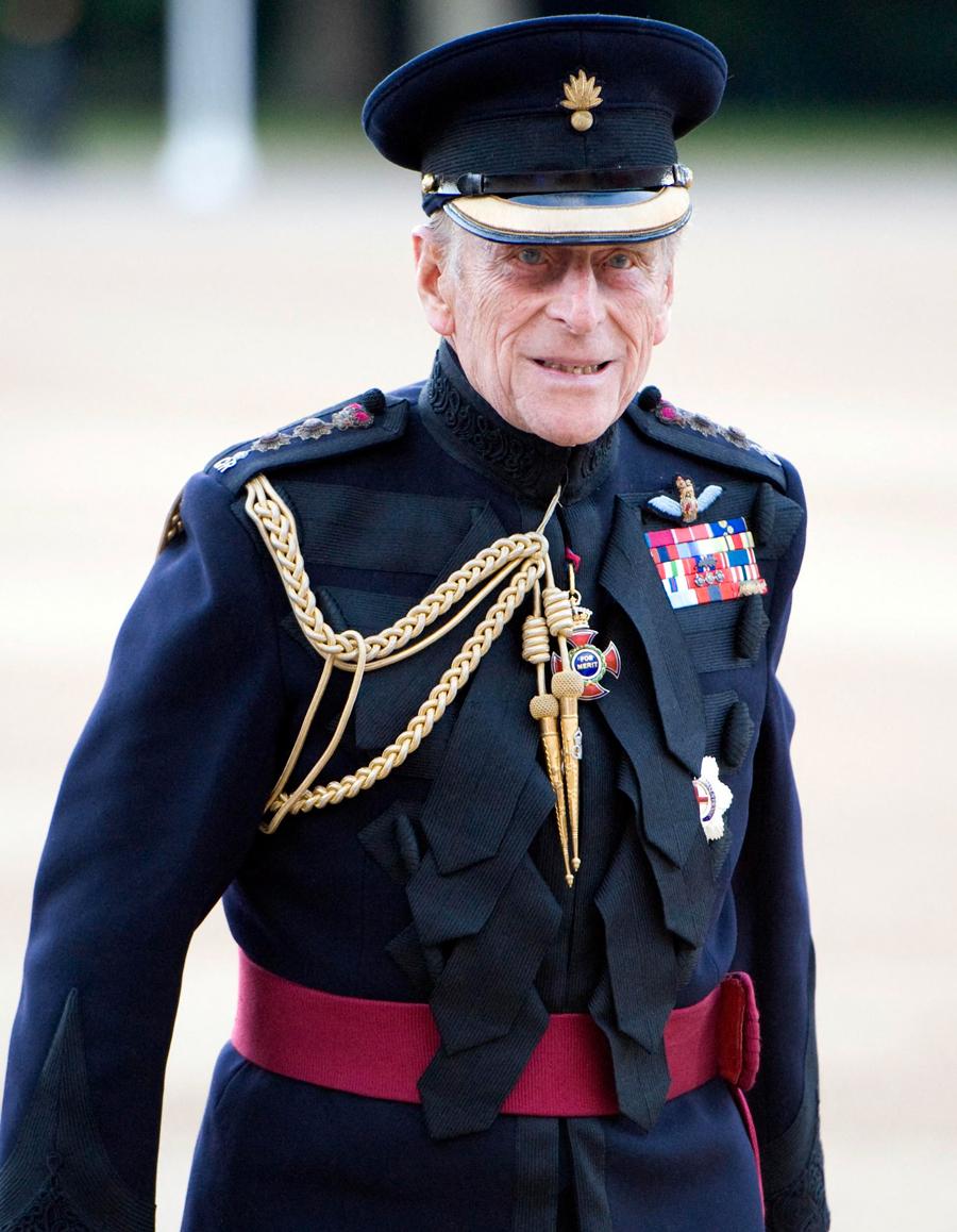 Décès du prince Philip, mari de la reine d'Angleterre et ...