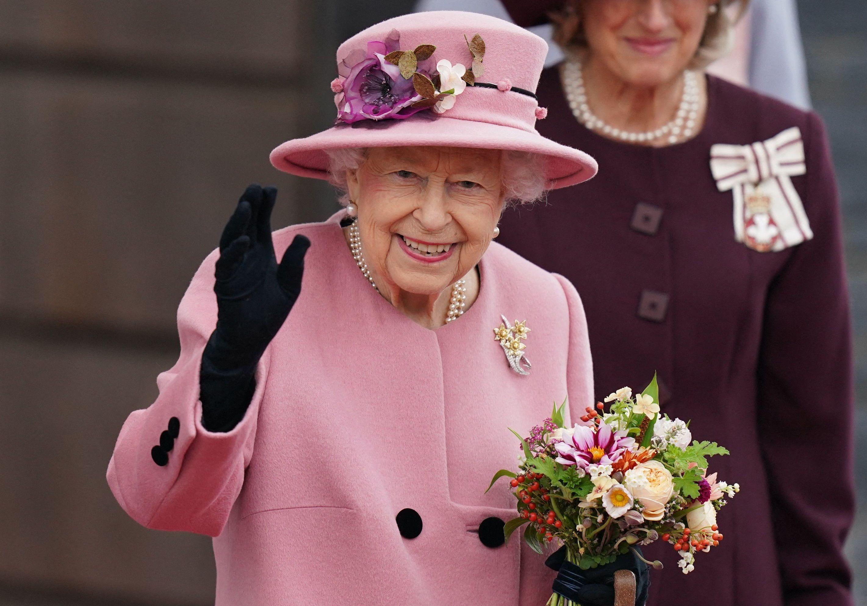 Elisabeth II : des photos de famille intimes dévoilées