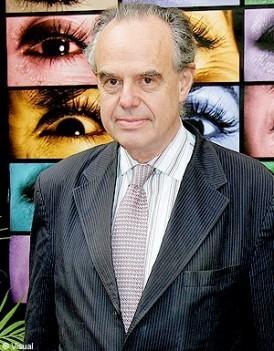 http://cdn-elle.ladmedia.fr/var/plain_site/storage/images/people/la-vie-des-people/news/frederic-mitterrand-un-nouveau-scandale-!/12409321-1-fre-FR/Frederic-Mitterrand-un-nouveau-scandale-!_mode_une.jpg