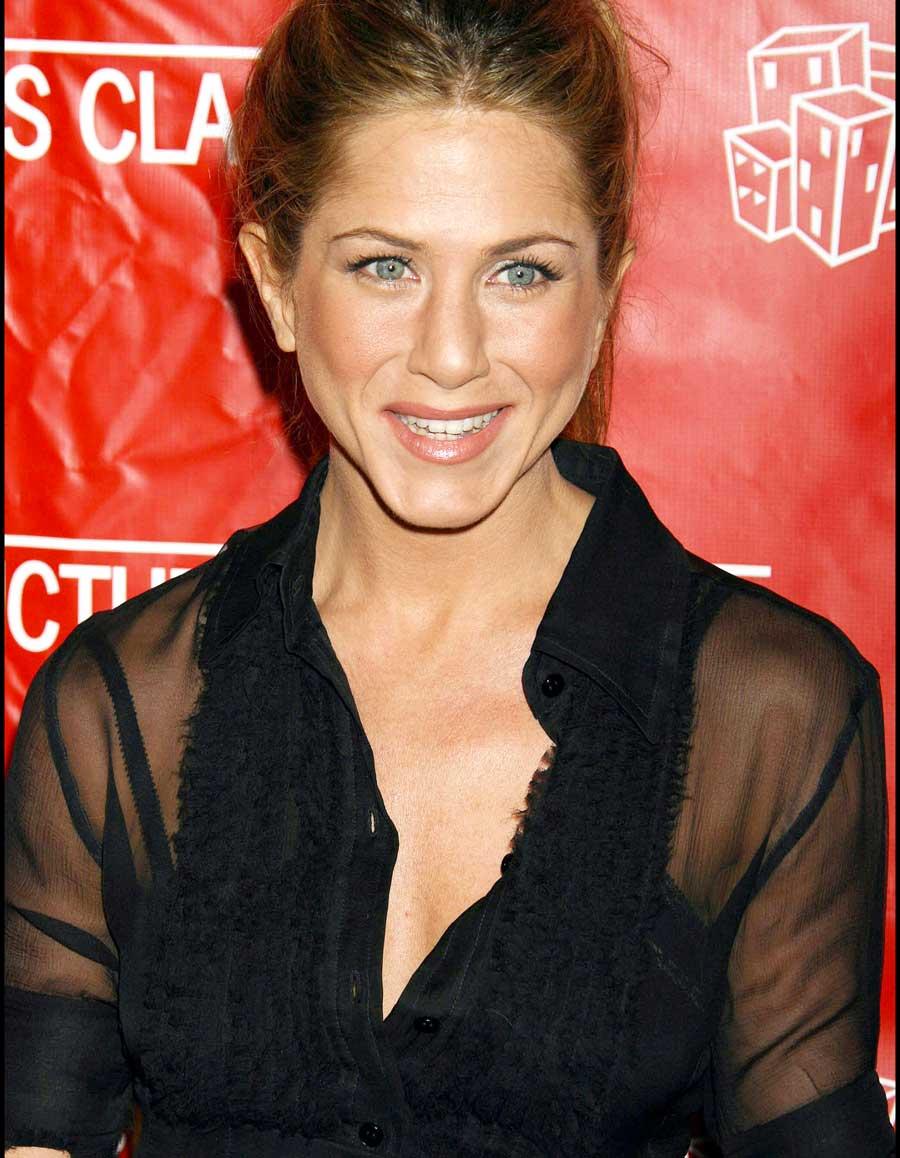 Friends : quel acteur de la série était secrètement amoureux de Jennifer Aniston au point d'en oublier son texte ?