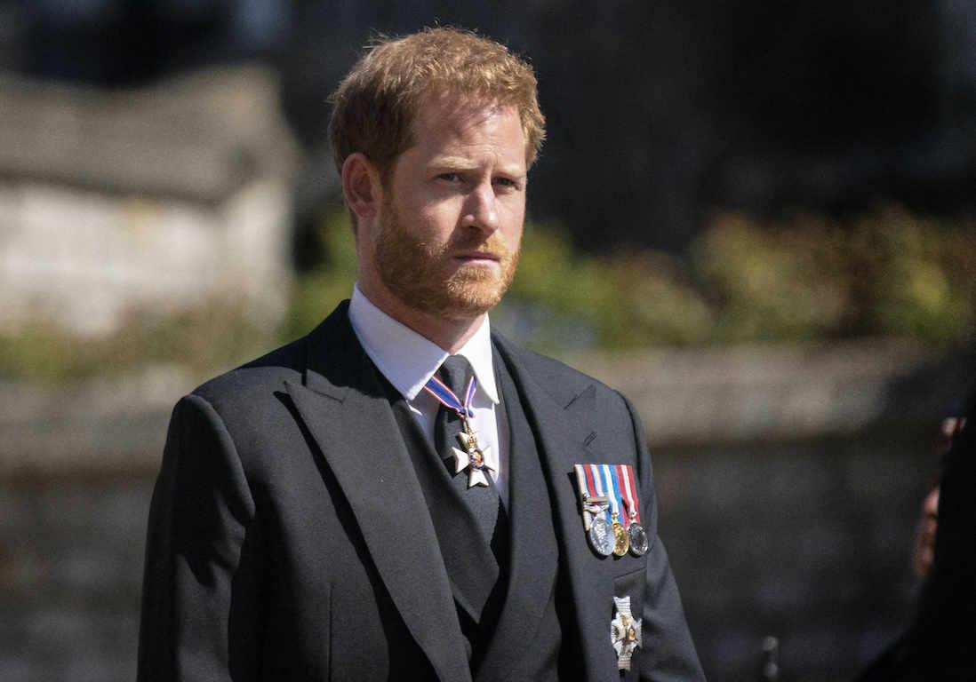 Hospitalisation d'Elisabeth II : le prince Harry « paniqué »