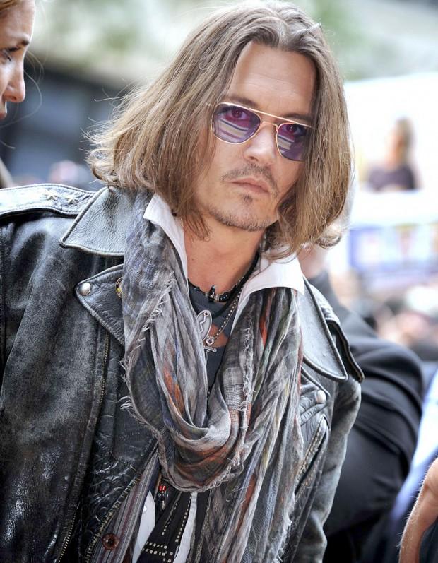 Johnny depp raconte sa rencontre avec vanessa paradis