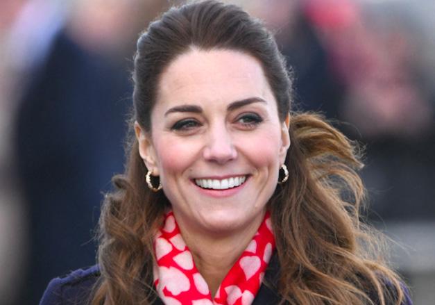 Kate Middleton fait fondre les fans avec un cliché inédit de la princesse Charlotte - Elle