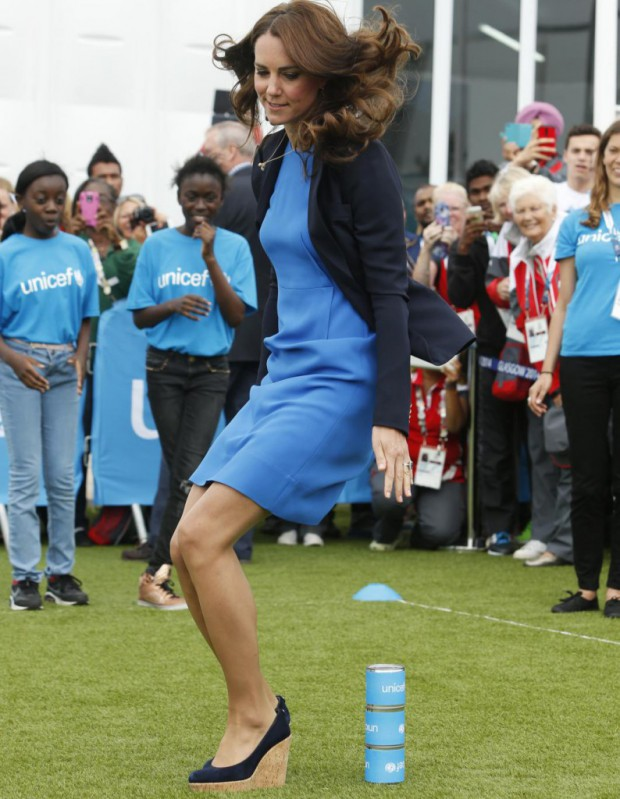 kate middleton sa s ance de sport en talons elle. Black Bedroom Furniture Sets. Home Design Ideas