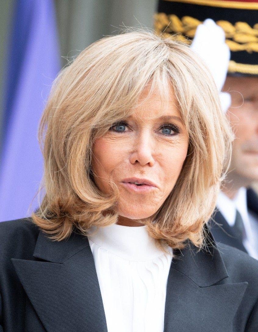 L'Elysée sous cloche : le quotidien de Brigitte Macron en confinement - Elle