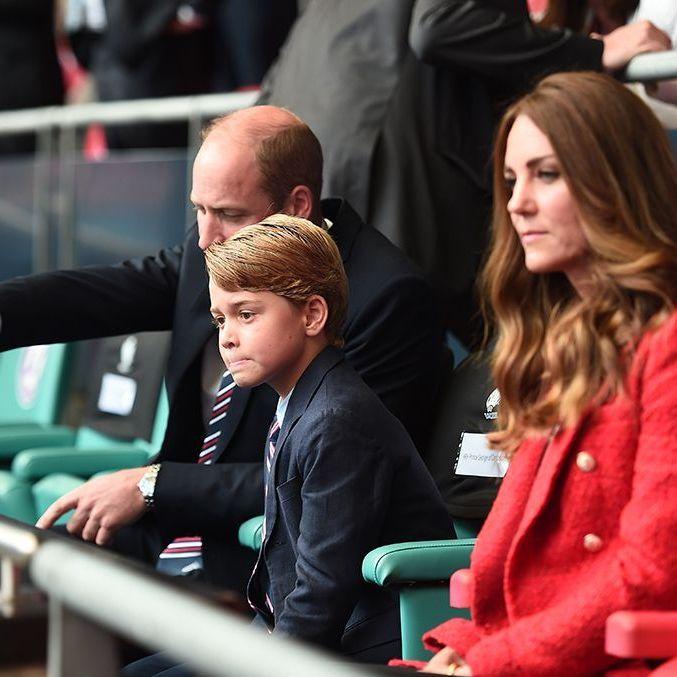 Le prince George vivement critiqué : Kate et William prennent une décision radicale
