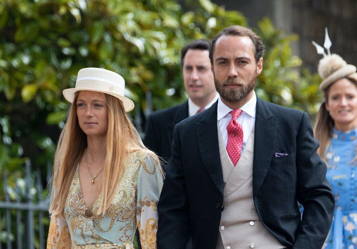 Mariage de James Middleton : son épouse Alizée Thévenet portait la robe de mariée de Carole Middleton - Elle