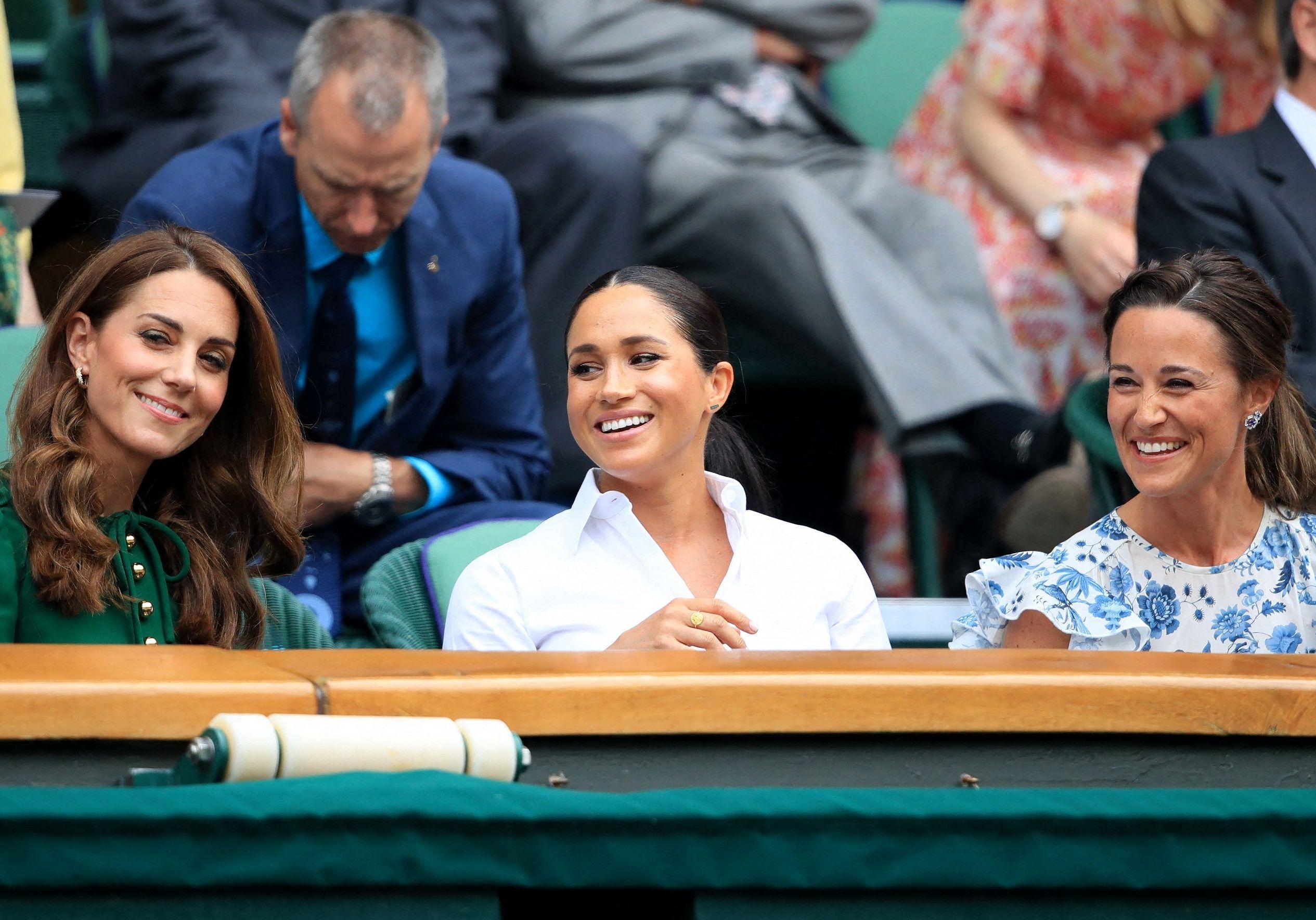 Meghan Markle, Kate Middleton et Pippa Middleton : complices pour applaudir Serena Williams à Wimbledon