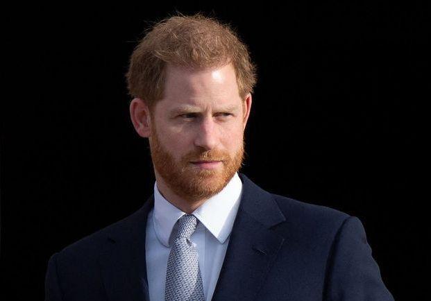 Mémoires du prince Harry : la famille royale aurait été prévenue à la dernière minute - Elle
