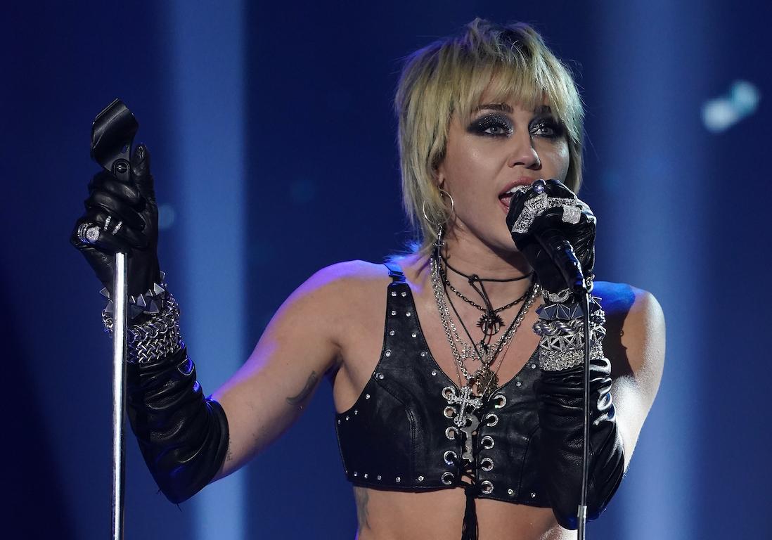 Miley Cyrus : son ex, Cody Simpson, se confie sur leur rupture - Elle