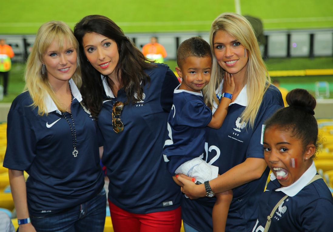 Femmes de footballeurs : qui sont les femmes des Bleus ?