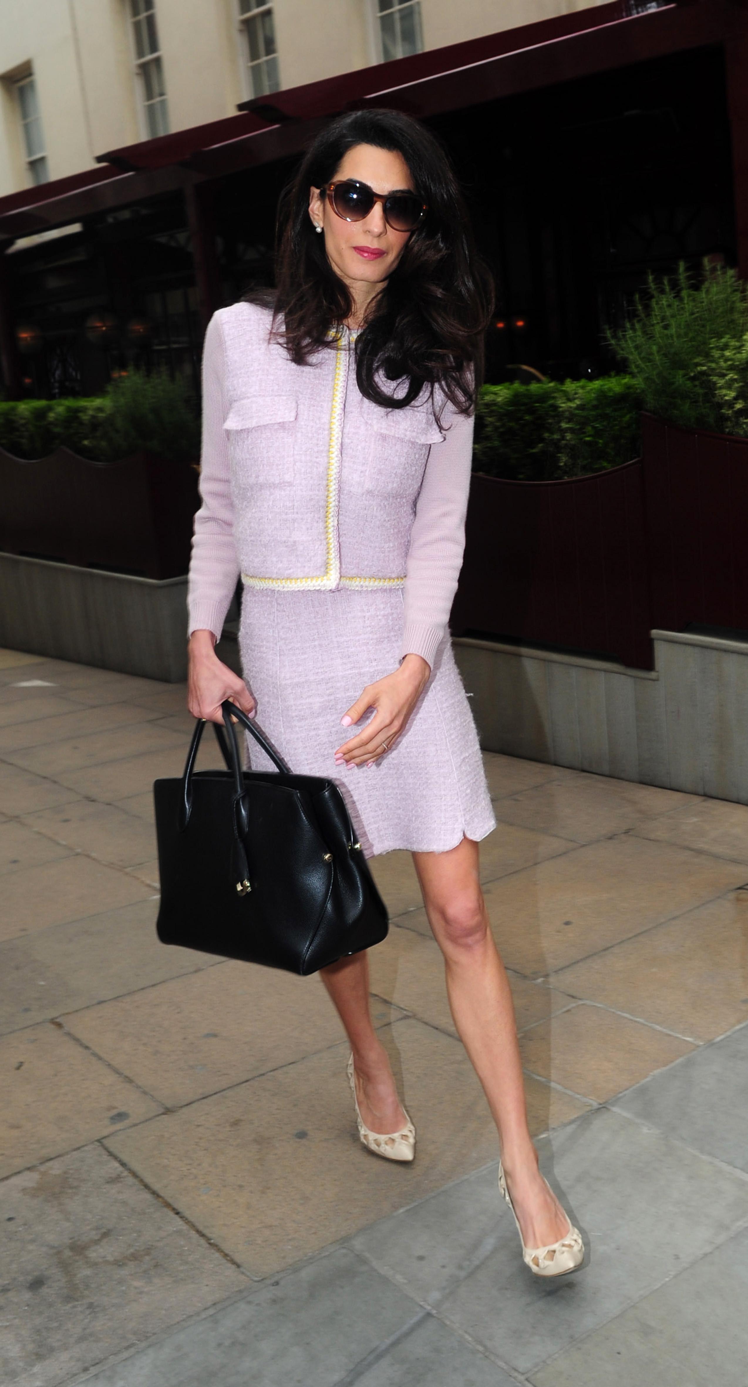 Le tailleur Chanel - Les plus beaux looks d Amal Clooney - Elle 390732f2498