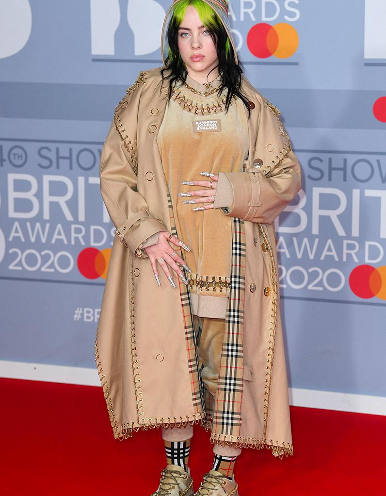 Brit Awards 2020 : les looks les plus dingues du tapis rouge - Elle
