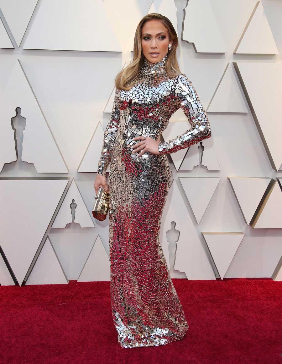 f1582044c88 Oscars 2019   voici toutes les tenues les plus dingues du tapis rouge - Elle