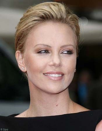 charlize theron biographie. Biographie : Charlize Theron