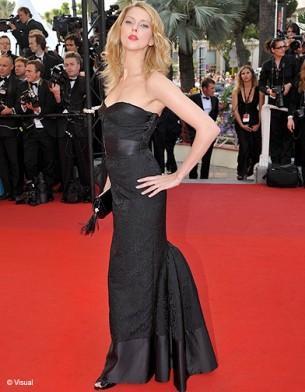 C%C3%A9r%C3%A9monie+d+ouverture++le+13+mai+2009+++Fr%C3%A9d%C3%A9rique+Bel+women+corsets+plus+size+fashions