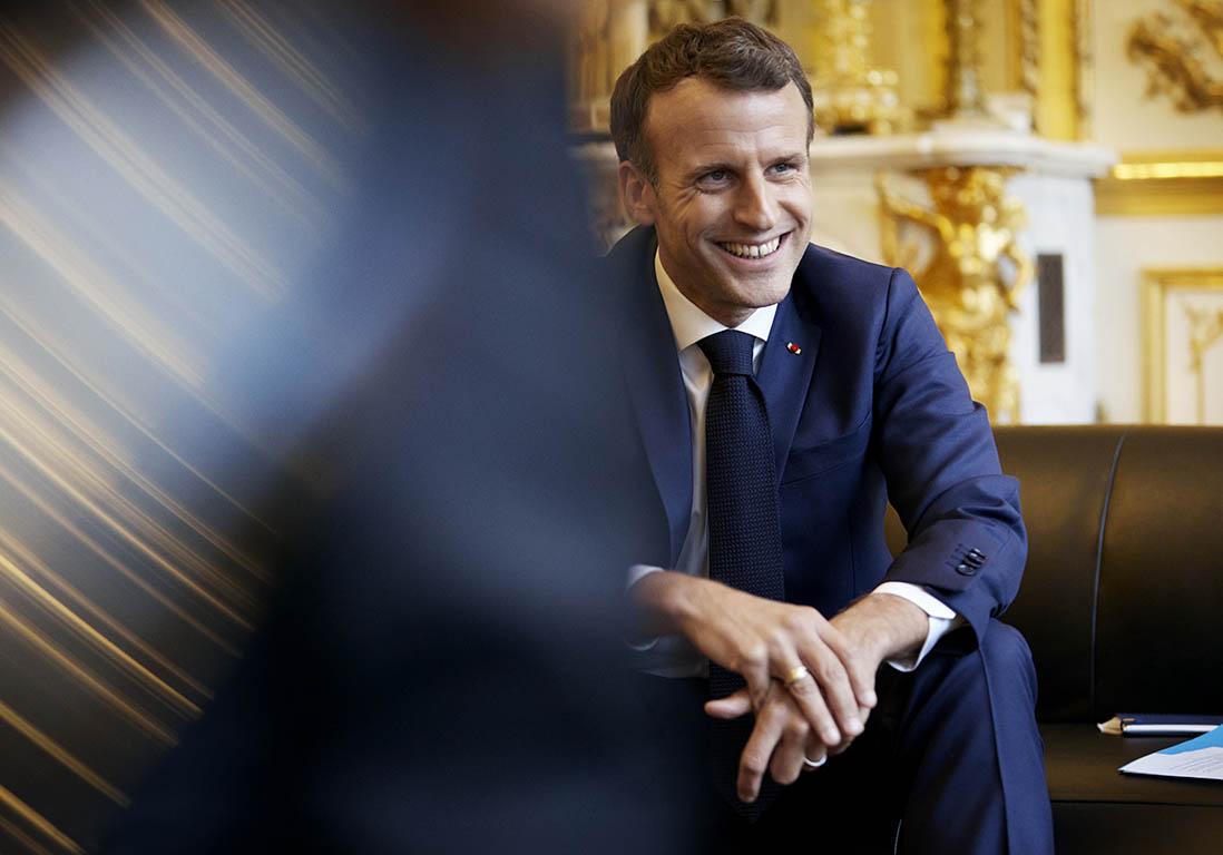 Exclusif – Féminicides, Egalité, première dame, crop top : Macron répond - Elle