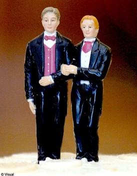 http://cdn-elle.ladmedia.fr/var/plain_site/storage/images/societe/news/europe-pas-de-droit-au-mariage-pour-les-homosexuels/14663014-1-fre-FR/Europe-pas-de-droit-au-mariage-pour-les-homosexuels_mode_une.jpg