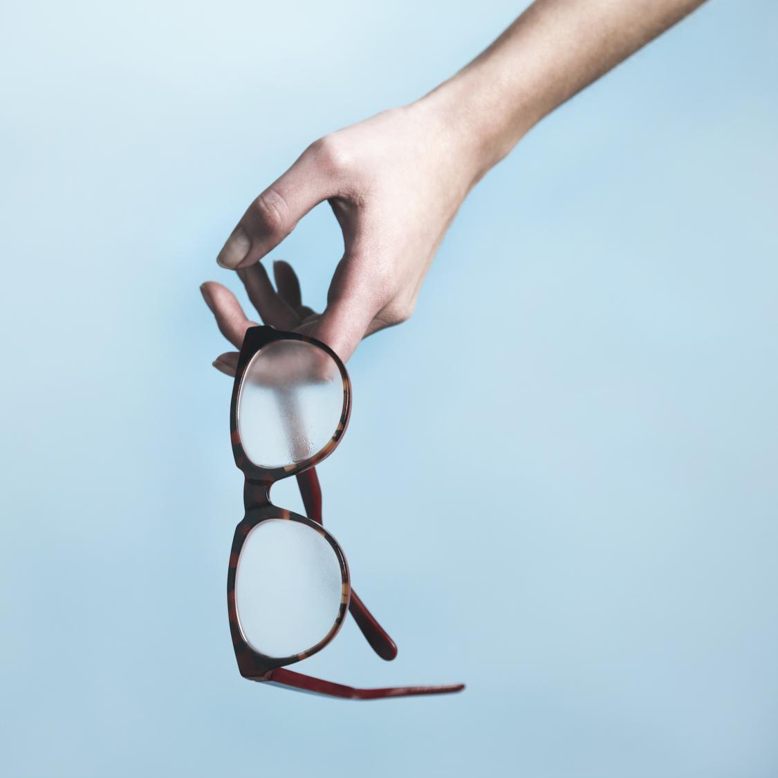 Peut-on acheter ses lunettes sur Internet   - Elle 0e6b65833d17