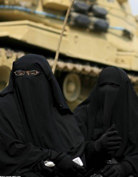 Polemique Al Qaida lance un magazine feminin