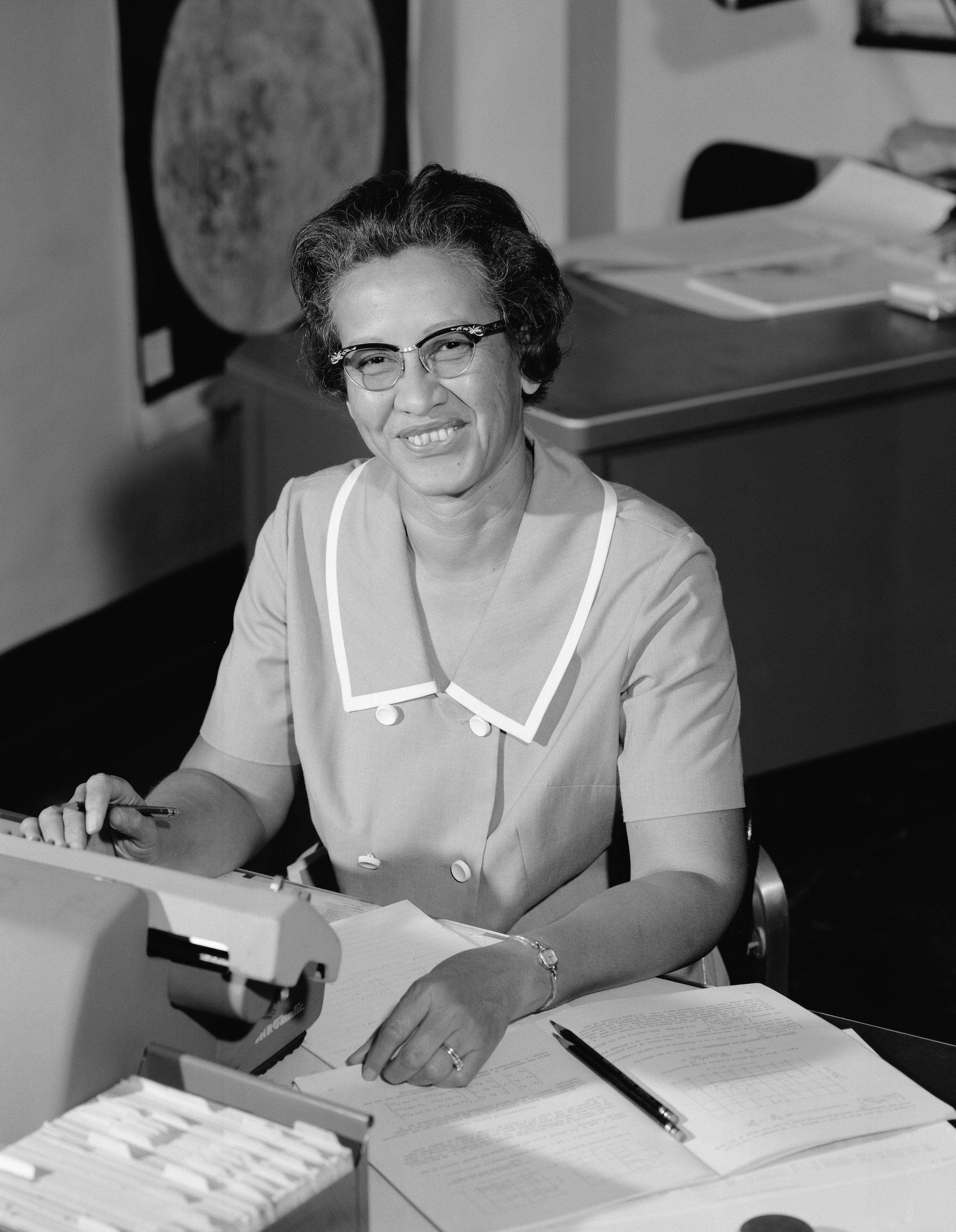 Qui était Katherine Johnson, la première mathématicienne afro-américaine à travailler pour la NASA ? - Elle