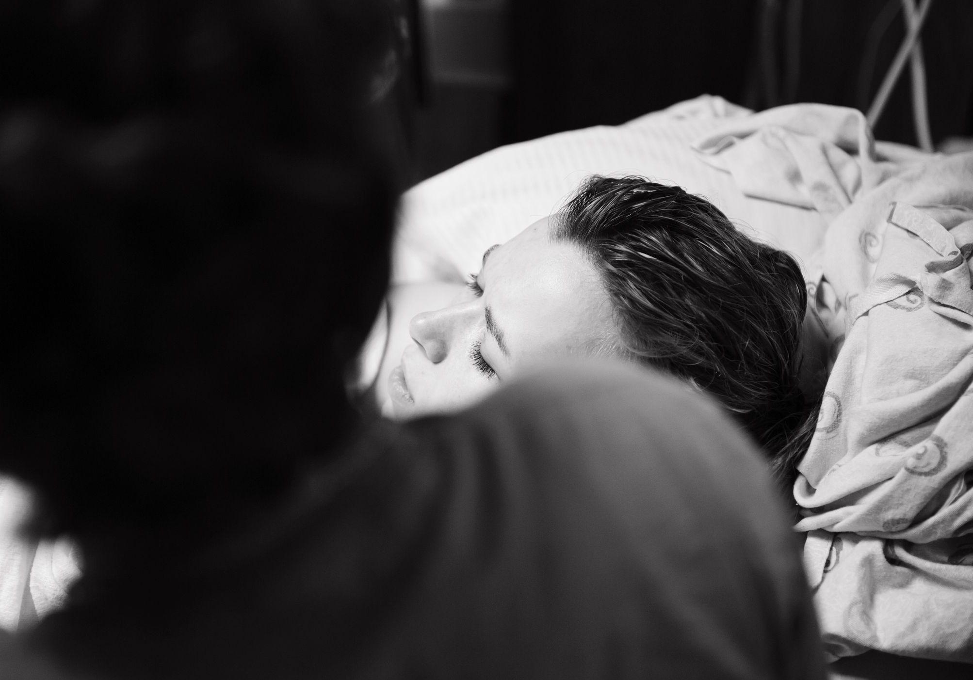« Tu enfanteras dans la douleur » : ne ratez pas le docu d'Ovidie sur les violences obstétricales