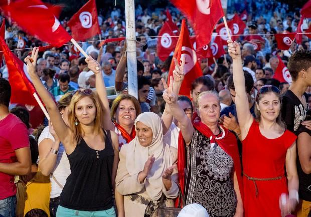 Tunisie l egalite femmes hommes entre dans la Constitution